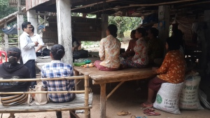 Meeting with vegetable producer group in Basak village, ©Sophors